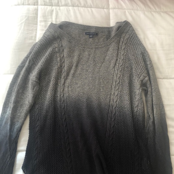 American Eagle Ombré Navy Blue and Grey Sweater